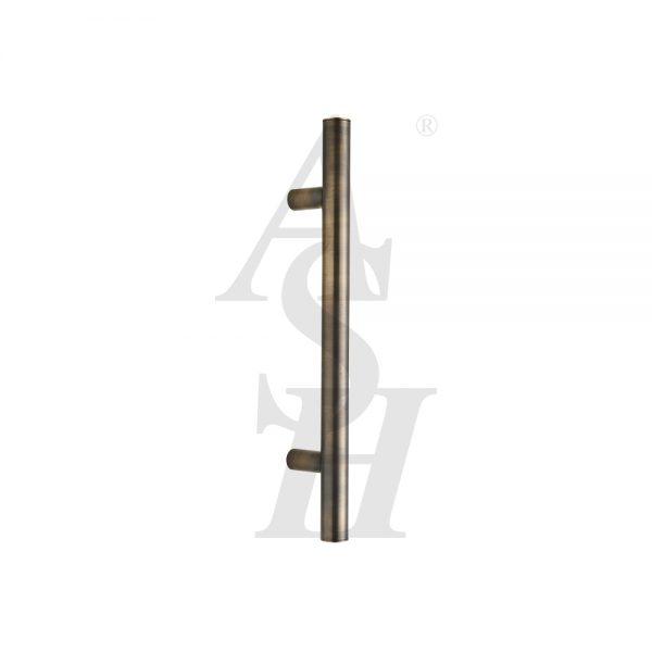 ash121-antique-brass-antimicrobial-straight-pull-door-handle-ash-door-furniture-specialists-wm