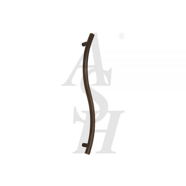 ash147-bronze-patina-curved-pull-door-handle-ash-door-furniture-specialists