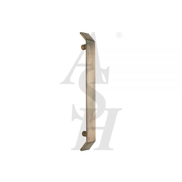 ash215-antique-brass-antimicrobial-straight-pull-door-handle-ash-door-furniture-specialists-wm
